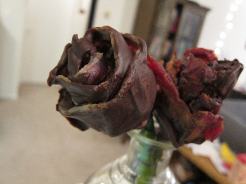 Anticipating Valentine's Day: Chocolate-Bacon Roses (5/5)
