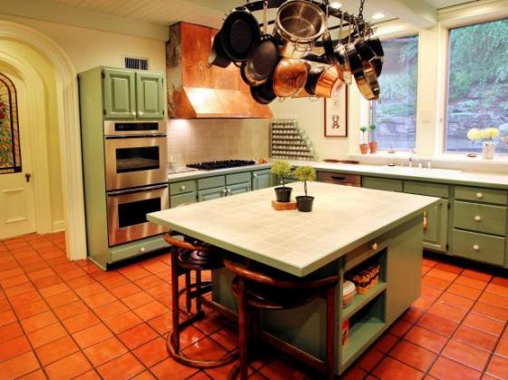 Venus kitchen pale green